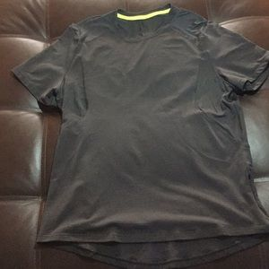 Lululemon men's sports top